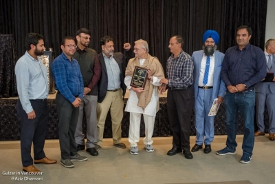 IAPI presents Gulzar with Life Time Achievement Award for keeping the flag of secularism high