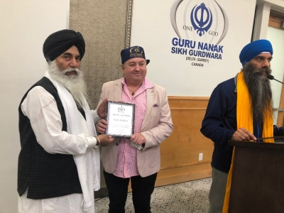 Neo-Nazi turned anti-racism campaigner honoured at Surrey-Delta Gurdwara