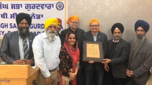 Chuck Puchmayr honoured by a Surrey Sikh temple for recognizing Mewa Singh Day