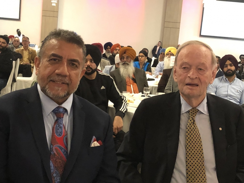 Chretien calls upon voters in Surrey to save diversity by keeping Conservatives out of power
